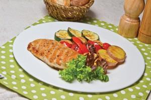 Куриное филе с овощами гриль 2